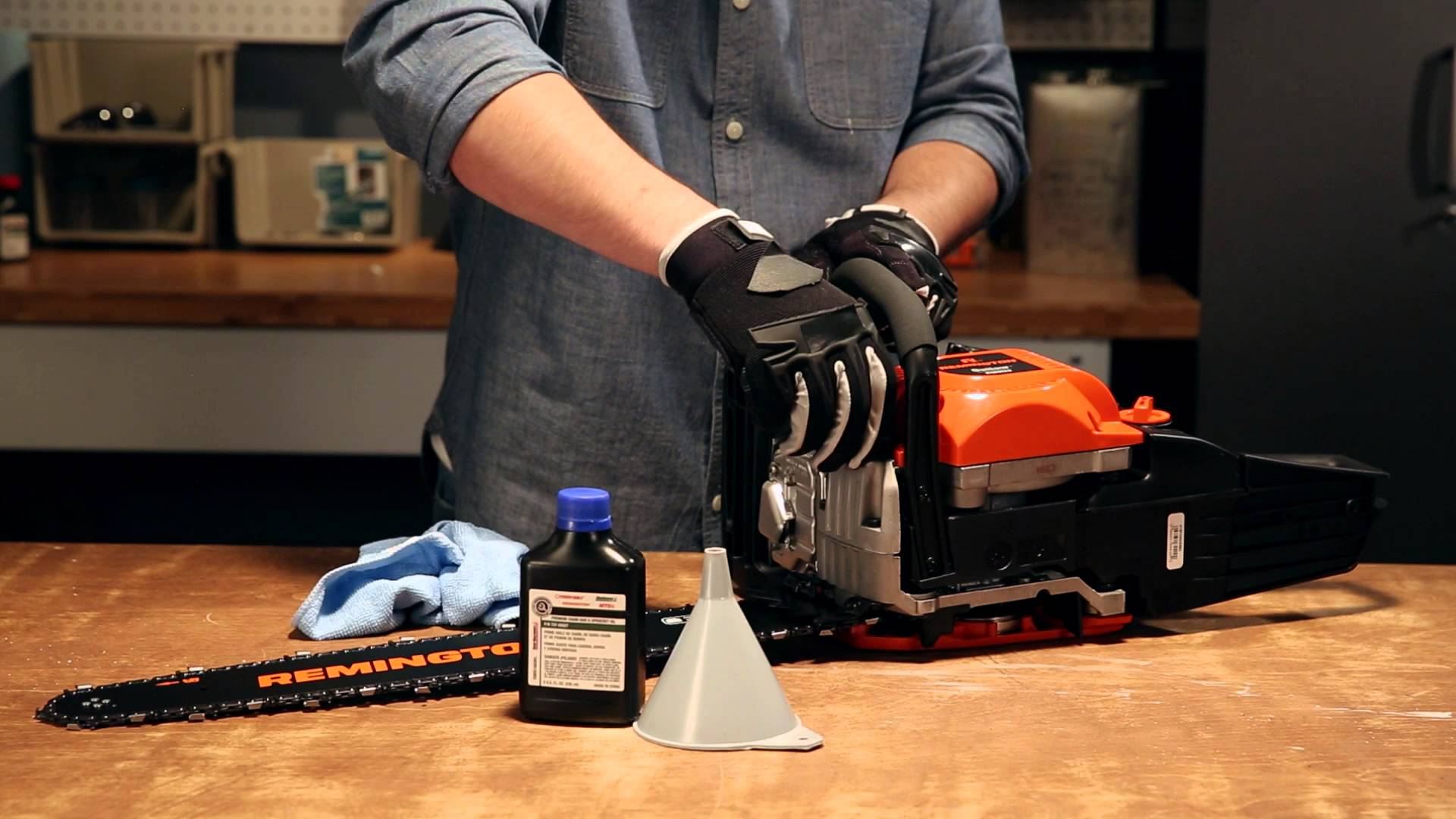 Types of Oils For an Electric Chainsaw – How To Refill Oil